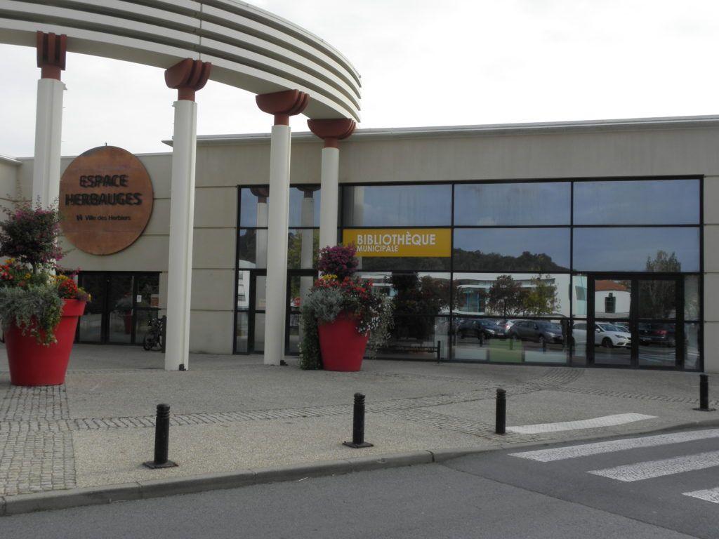 Bibliothèque Les Herbiers