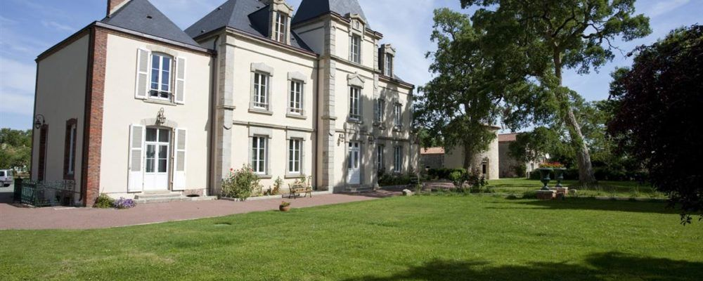 chateau Richerie Beaurepaire